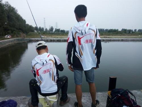 秋冬季钓鱼要注意钓法