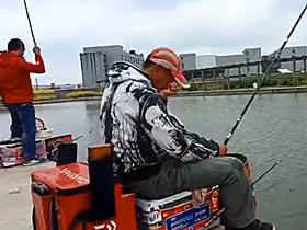 速拔哥二人黑坑钓鱼